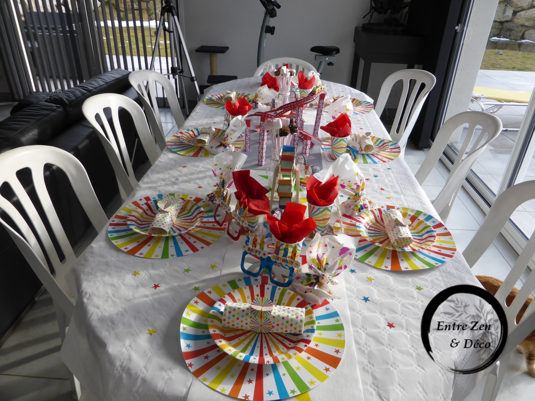 Table th me f te foraine entre zen et d co - Table de jeux enfant ...